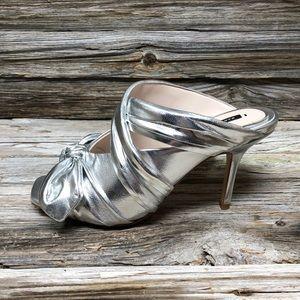 NWT Zara Silver Slide on Mule Heels w/ Bow